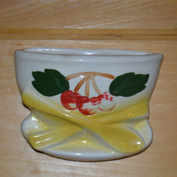 Vintage Kitchen Wall Pocket Vase, 1940's Cherries And Bowl Wall Pocket, USA Pottery Cold Paint, Collectible Made in USA