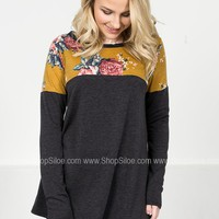 Stacy Ann Floral Top