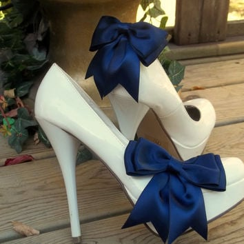 Satin Bow Shoe Clips  set of 2   Bridal Shoe by ShoeClipsOnly