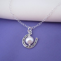 Lucky Pearl Horseshoe Necklace