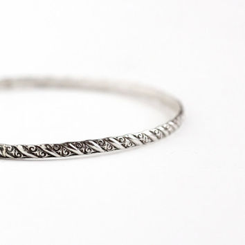 Vintage Sterling Silver Bangle Bracelet - Retro 1960s Thin Stacking Spacer Swirl Line Geometric Eternity Classic Jewelry