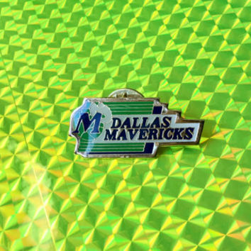 1988 MAVERICKS Pin! Mavs! Official NBA Limited Edition Collector Pin! Brass Enamel Shiny Glossy Rare! Vintage Retro Great Gift