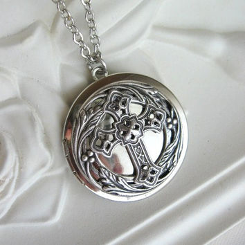 Cross, LOCKET, Silver Locket, Cross Necklace, Silver Cross Necklace, Christian Jewelry, Cross Jewelry, Antique Locket, Filigree Cross,Easter