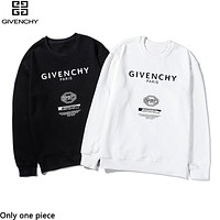 Givenchy sells casual couple tops with fashionable printed hoodies