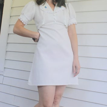 White Mini Dress Mod 70s XS Vintage Babydoll