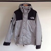 SUPREME X THE NORTH FACE 3M MOUNTAIN PARKA REFLECTIVE SILVER BLACK JACKET TNF M