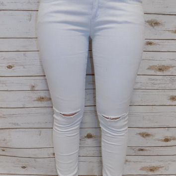 White Wash Destroyed Skinny Jeans