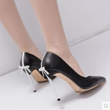 High - heeled shoe stilettos of the bow tie Sexy women's shoes Wedding shoe Black 8 CM