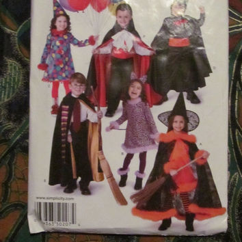 SALE Uncut Simplicity Sewing Pattern, 0207! 3--8 Kids/Children's/Girls/Boys Halloween Costumes Clown/Harry Potter/Cat/Vampire/Witch/BatMan