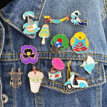 Trendy New cartoon Insect Phonograph Iceberg Ocean waves Flowers Animal collection brooch alloy enamel denim jacket collar pin jewelry AT_94_13