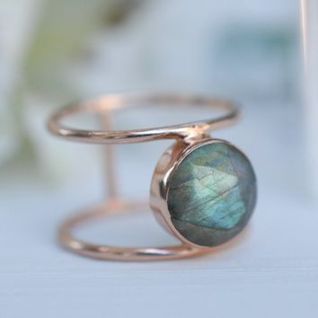 Helen Ring -Rose Gold Labradorite