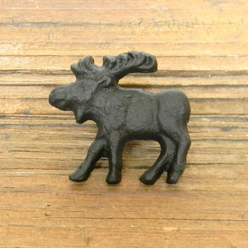 Dresser Knob, Drawer Knob, Cabinet Knob, Dresser Hardware, Decorative Knobs, Cast Iron Knobs, Moose Knob, Moose Drawer Pull, Dresser Pull