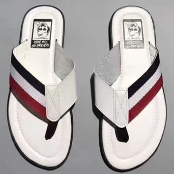 Adidas: fashionable casual men and women slippers