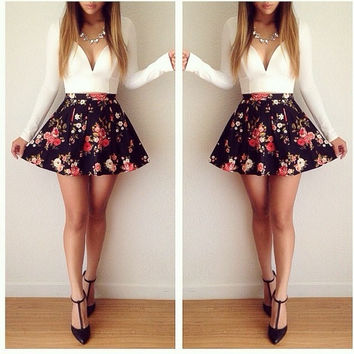 Long Sleeve print V-Neck Mini Dress