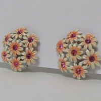 Vintage Earrings small 1950s Flower Bouquet Clip on Earrings