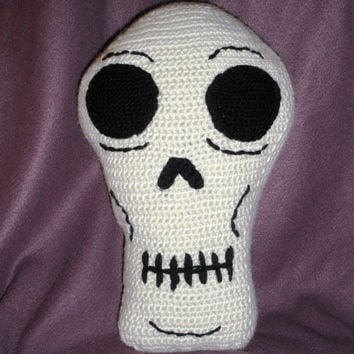 Crochet Skull Throw Pillow ready to ship by luvbuzz on Etsy
