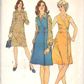 Simplicity 5578 Retro Sewing Pattern 1970s Wrap Dress Jumper V Neck Fitted Waist Boho Hippie Disco Fashion Uncut Bust 38