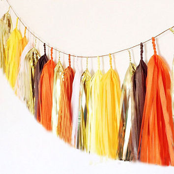 Tissue tassel garland in orange, brown, yellow, and metallic gold // candy corn garland, fall garland, Halloween garland