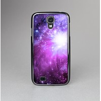 The Violet Glowing Nebula Skin-Sert Case for the Samsung Galaxy S4