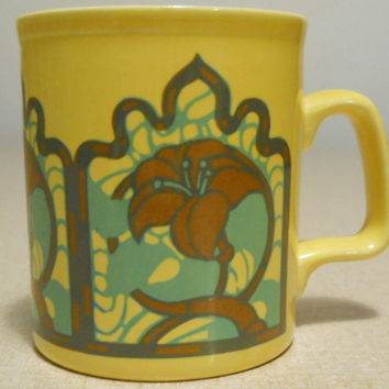 Staffordshire Yellow Mug Floral Vintage 70s / Staffordshire Potteries Ironstone England Coffee Tea Cup