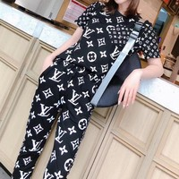 """LOUIS VUITTON"" Women's Leisure  Fashion Letter Printing Short Sleeve Trousers Two-Piece Casual Wear"
