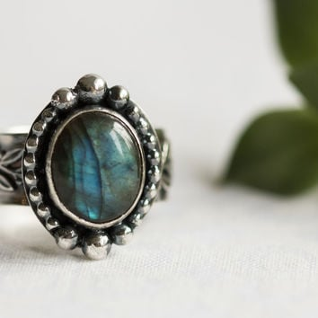Sterling Silver Rings For Women, Labradorite Ring, Labradorite Engagement Ring, Sundance Style, Northern Lights Ring, Labradorite Jewely