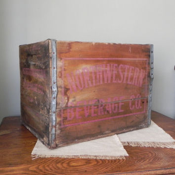 Large vintage wood beverage crate - FREE SHIPPING - Northwestern Beverage Chicago Illinois beverage