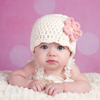 Baby Hat, Preemie or Newborn Baby Girl Crochet Flapper Beanie Baby Hat - Cream, Light Pink Daisy Flower Photography Prop Baby Girl Hat