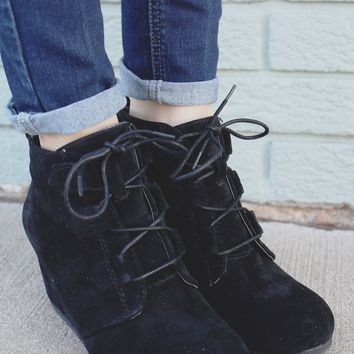 Midnight Magic Wedges - Black