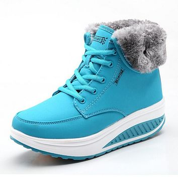 Women Snow boots Wedges Ankle Boots Fashion W Swing Shoes Plush Solid Round Toe Platform Shoes Lady Casual Winter Boots