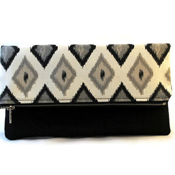 Fold over clutch in natural onyx and faux leather, two-tone clutch, faux leather clutch, travel Clutch, bridesmaid gift, date night bag.