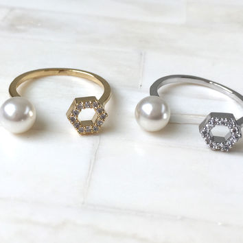 Pearl Knuckle Ring