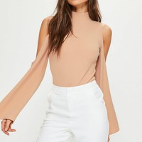 Missguided - Nude Cold Shoulder Split Sleeve Bodysuit