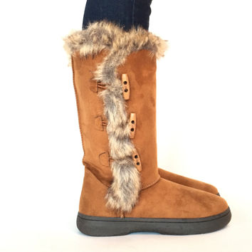 Boots With The Fur In Cognac