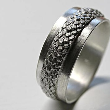 bold dragon scale ring silver feather ring, medieval wedding band domed, wide wedding ring, snake skin ring band silver dragon ring