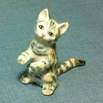 Miniature Ceramic Cat Kitty Kitten Animal Cute Little Tiny Small White Grey Beige Figurine Statue Decoration Collectible Hand Painted Craft