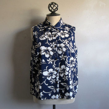Vintage Hilo Hattie 1990s Tops Sleeveless Blue White Cotton Floral Blouse M Made in Hawaii