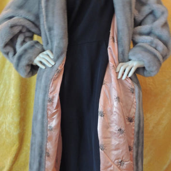 Silver Faux Mink Coat/Long Silver Fur Coat/Silver Faux Fur Coat/Vintage 1950s Coat/Long Full Vintage Silver Gray Faux Fur Coat/Large
