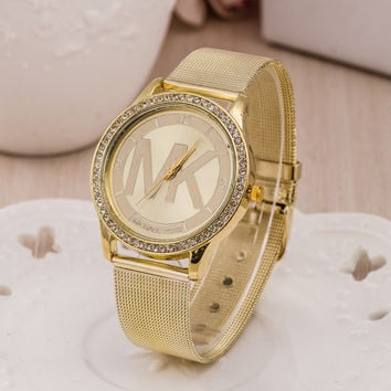 Hot Vintage Fashion Quartz Classic Watch Round Ladies Women Men wristwatch On Sales = 4673077316