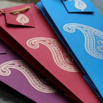 Paisley Wine Bags with Gift tags