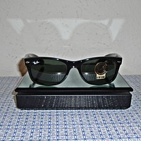 NEW RAY-BAN RB2132-901-52 MEN'S WAYFARER SQUARE SUNGLASSES - BLACK
