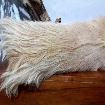 Genuine Goatskin Decorative Pillow With Filling | 100% Naturel Long Hair Goat Skin Throw Pillow | Ivory Fur Decorative Throw Cushion