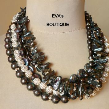 Rich large 5 strand statement necklace with black pearls and dark gray South Sea shell pearls, Swarovski crystal balls, modern fashion
