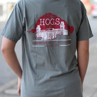 Old Main Hogs Tee {Grey}