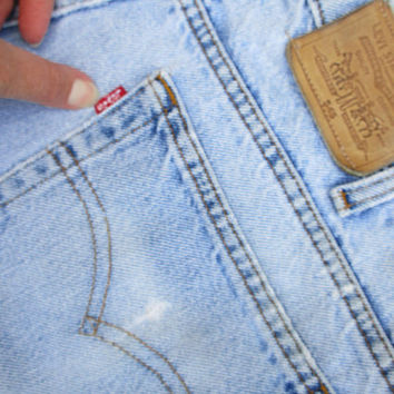 Levis 545 Jeans Thrashed and Distressed Faded and Frayed Loose Fit Men's Jeans Sz 34x32