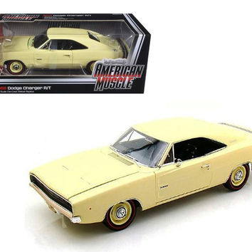 1968 Dodge Charger R-T SS1 Light Yellow 1-18 Diecast Model Car by Autoworld