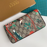 GUCCI New Retro Logo Print Long Zip Wallet Card Holder