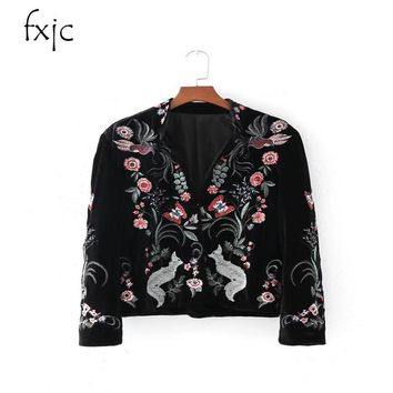 2017 autumn and winter new national wind ladies flat velvet embroidered flowers collar collar cardigan jacket women ZR142