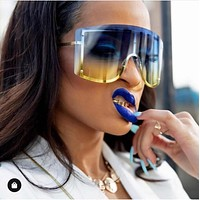 Women Over Sized Fashion Sunglasses