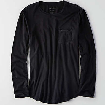AEO Long Sleeve Pocket Crew T-Shirt, Bold Black